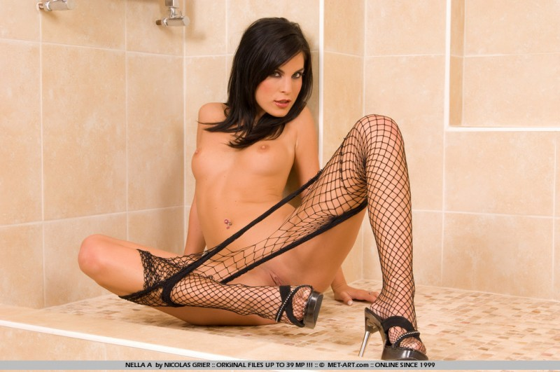 nella-a-bodystocking-met-art-18