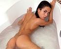 nella-bath-mc-nudes