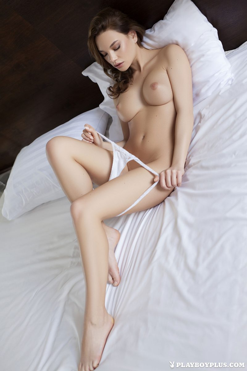 clara-bedroom-nude-nighty-playboy-11