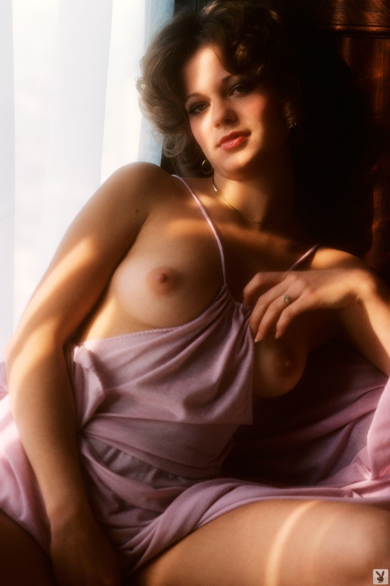 nicki-thomas-nude-vintage-1977-playboy-18