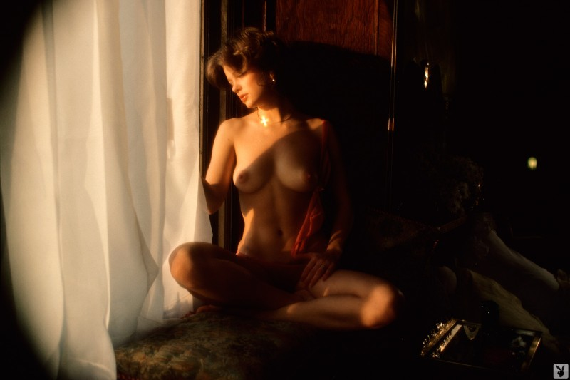 nicki-thomas-nude-vintage-1977-playboy-25