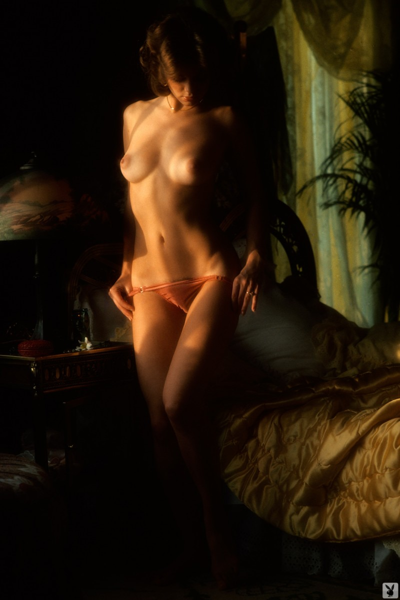 nicki-thomas-nude-vintage-1977-playboy-26