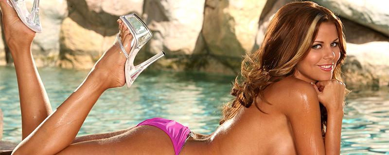 Nicole Graves in pink bikini