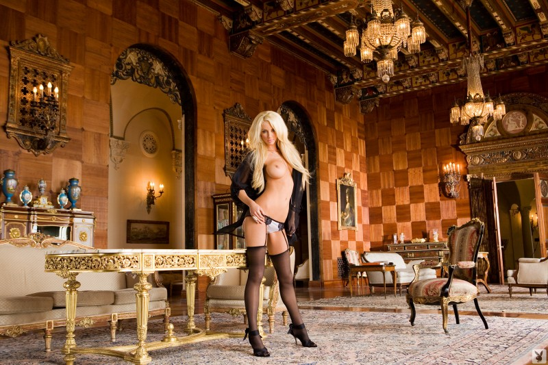 nicolette-shea-stockings-playboy-05