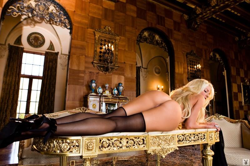 nicolette-shea-stockings-playboy-21