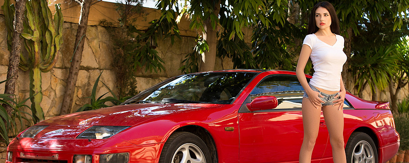 Niemira – Bloody red Nissan 300 ZX