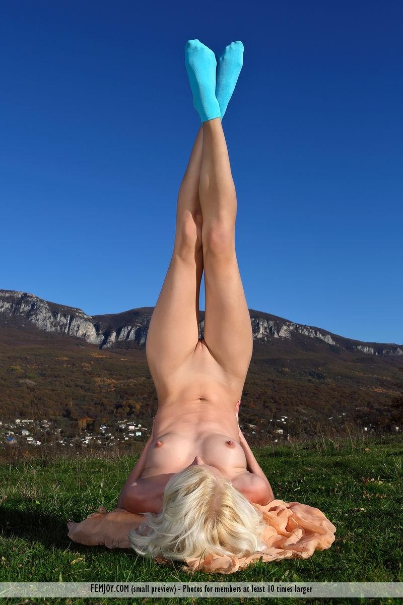 adelia-b-socks-skinny-blond-femjoy-05