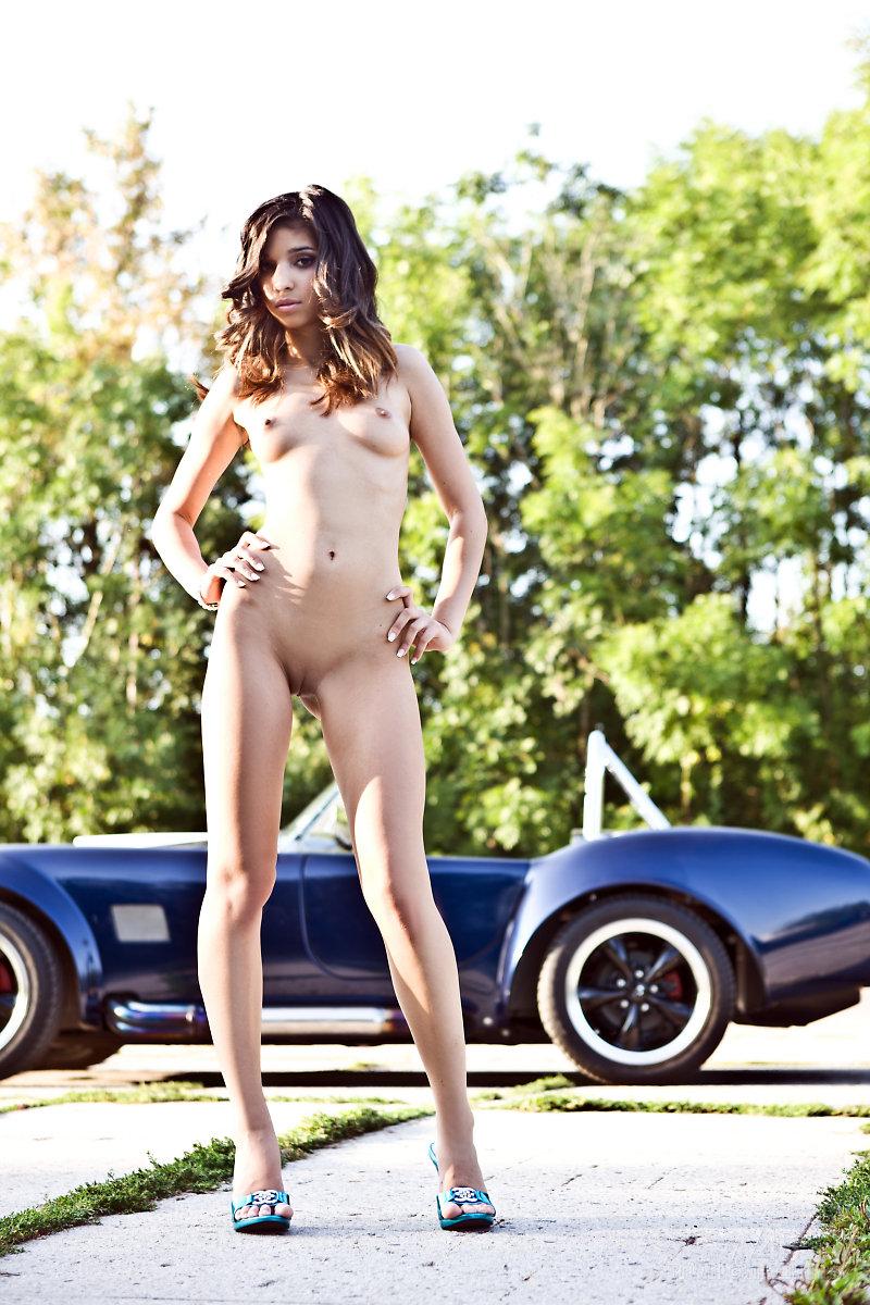 nika-shelby-cobra-watch4beauty-11