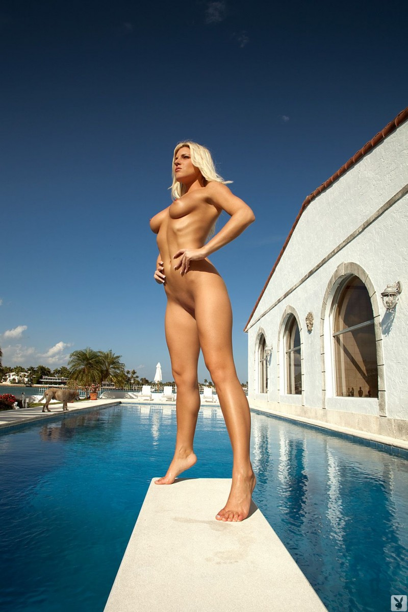 niki-lee-amateur-playboy-20