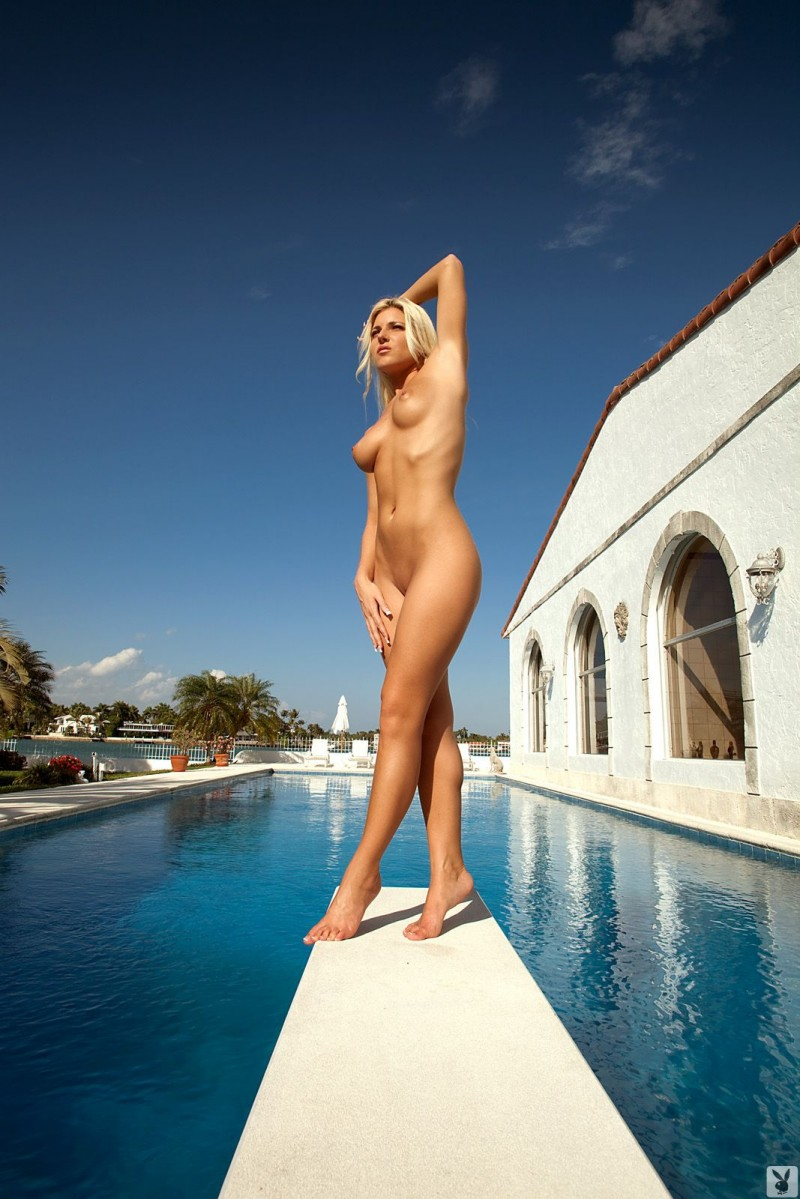 niki-lee-amateur-playboy-23