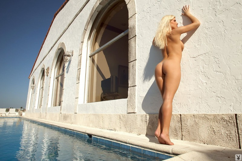 niki-lee-amateur-playboy-25