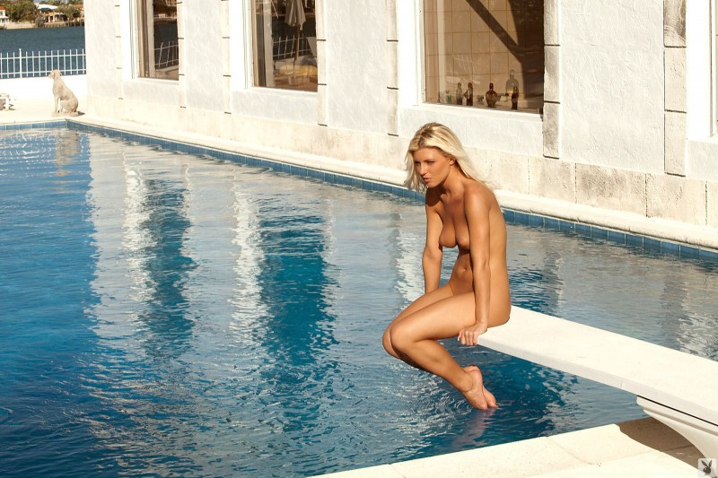 niki-lee-amateur-playboy-39