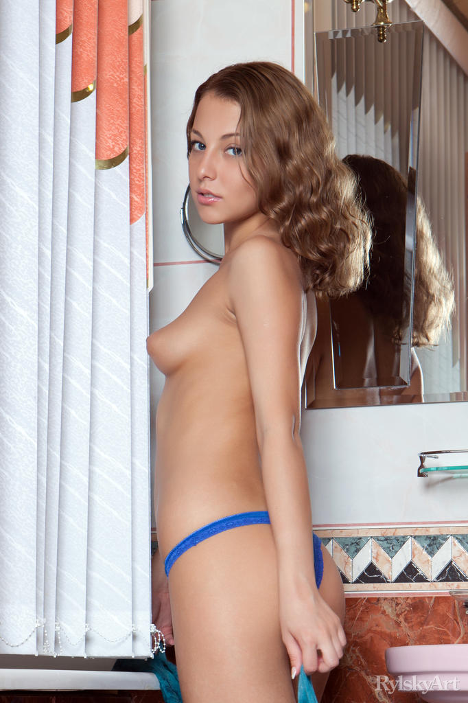 nikia-bathroom-rylsky-art-04