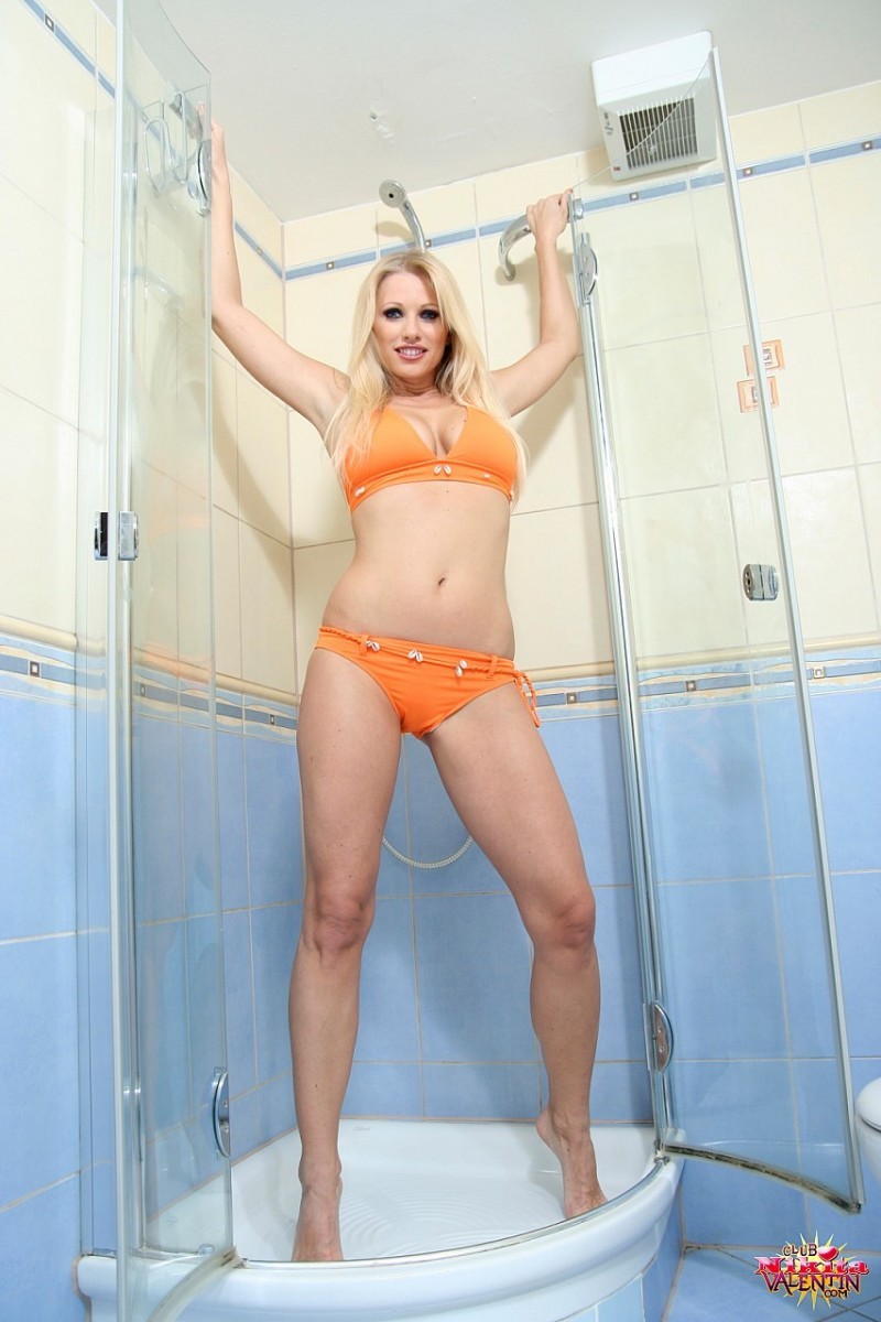 nikita-valentin-milf-shower-06