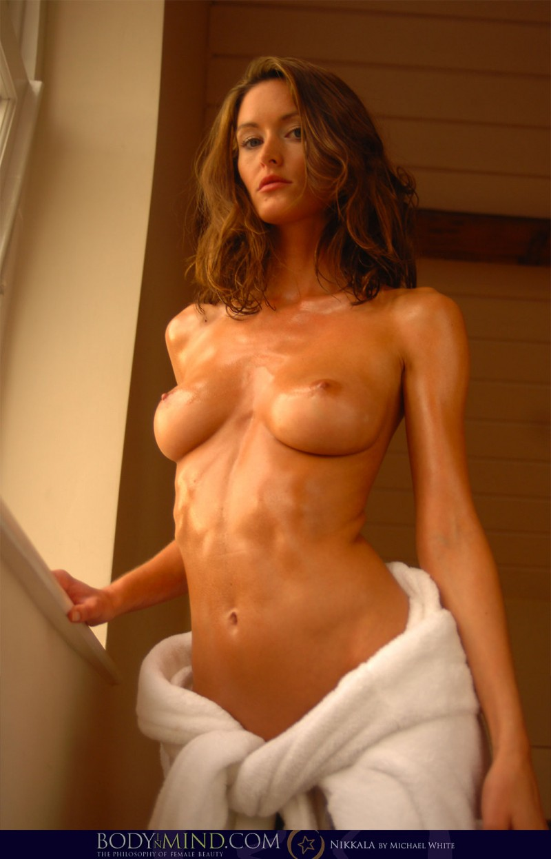 hot nude ladies oiled up