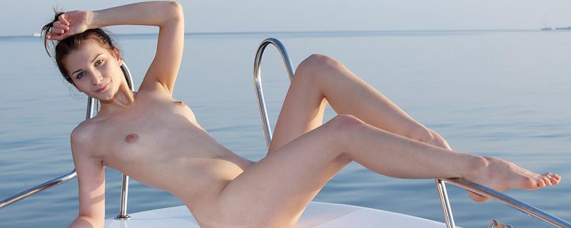 Niva – Sunbathing on motorboat