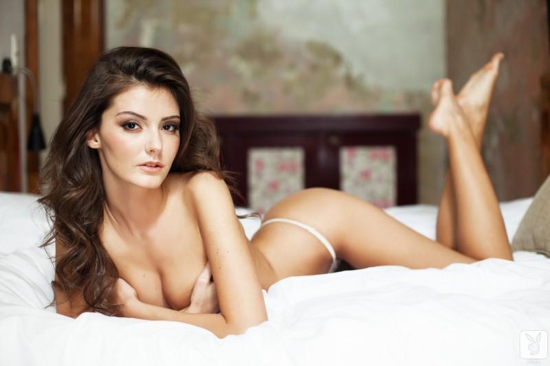 sunshine-nude-bedroom-playboy-16
