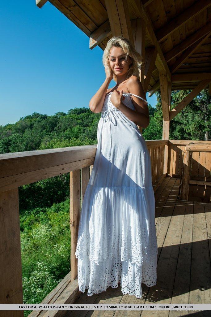 taylor-a-white-dress-met-art-03