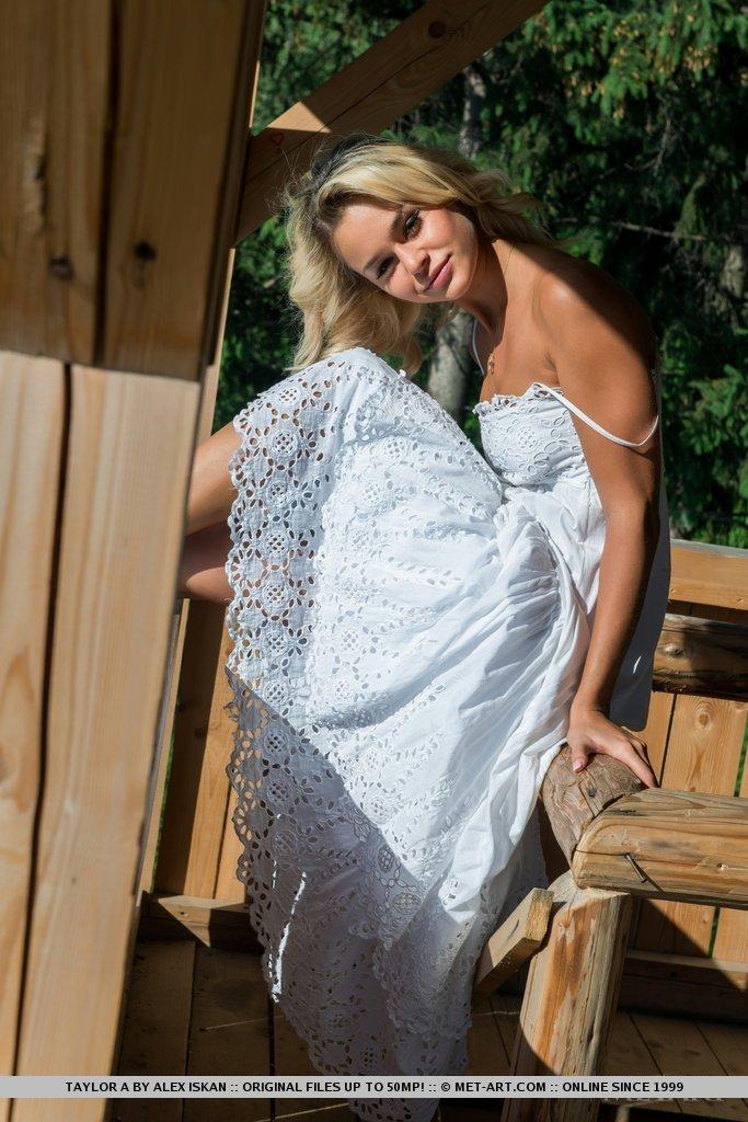 taylor-a-white-dress-met-art-04