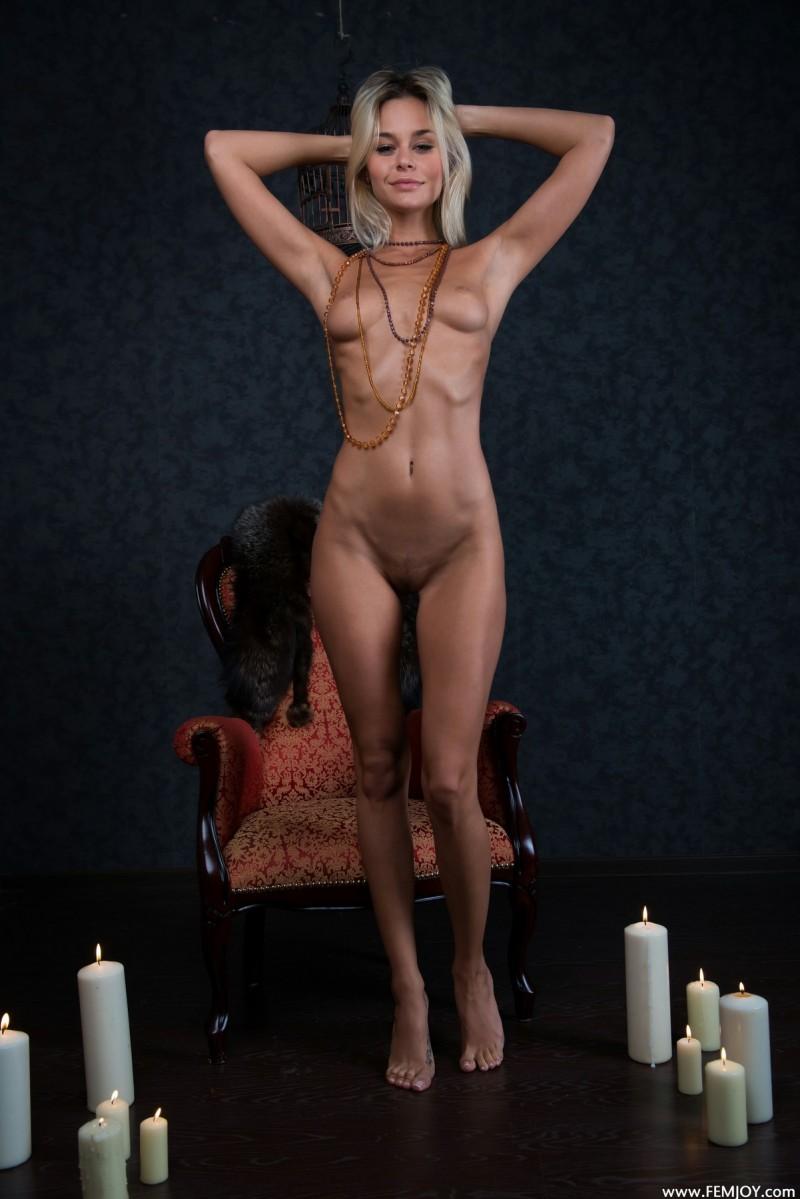 nonna-armchair-femjoy-05