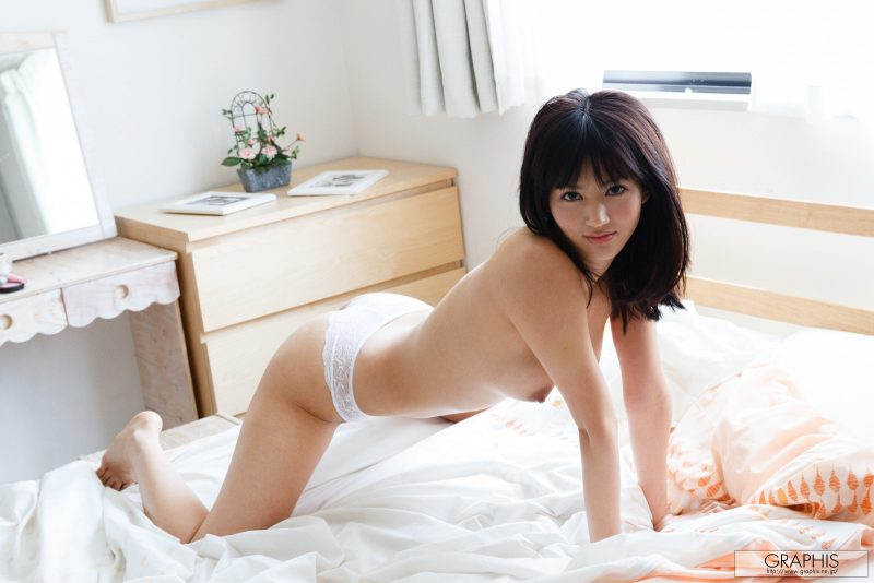 nozomi-aso-wake-up-nude-graphis-20