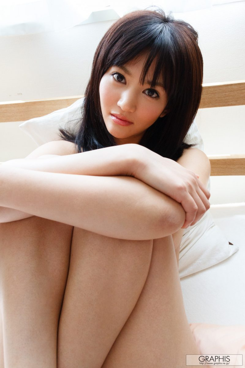 nozomi-aso-wake-up-nude-graphis-23