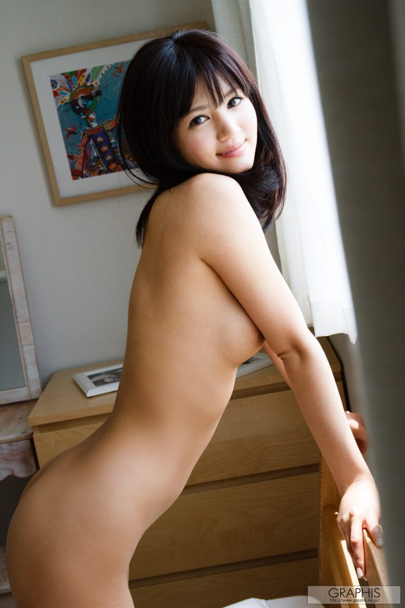 nozomi-aso-wake-up-nude-graphis-28