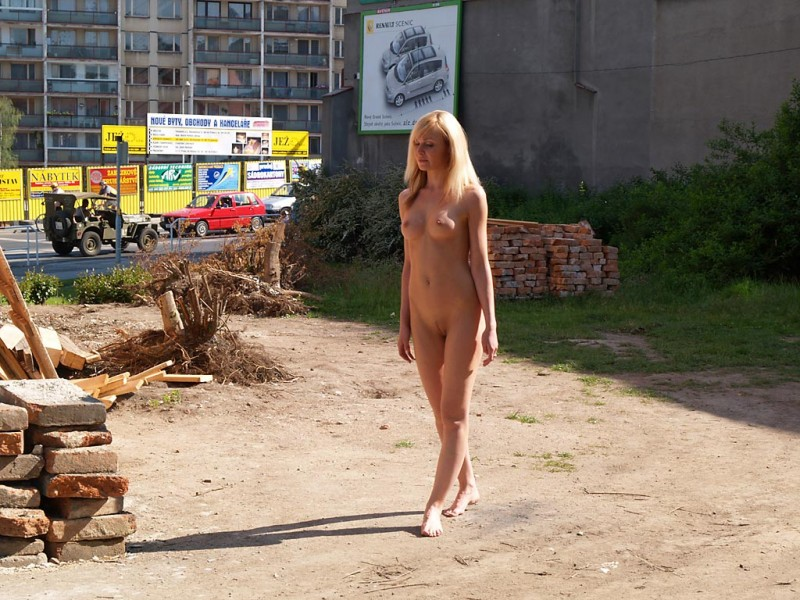 nude-in-public-vol4-07