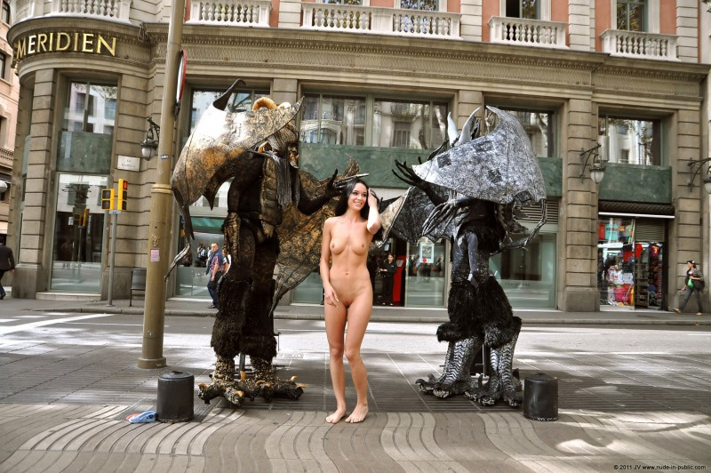 nude-in-public-vol4-11