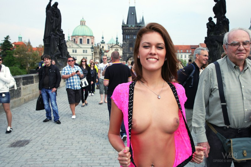 nude-in-public-vol4-22