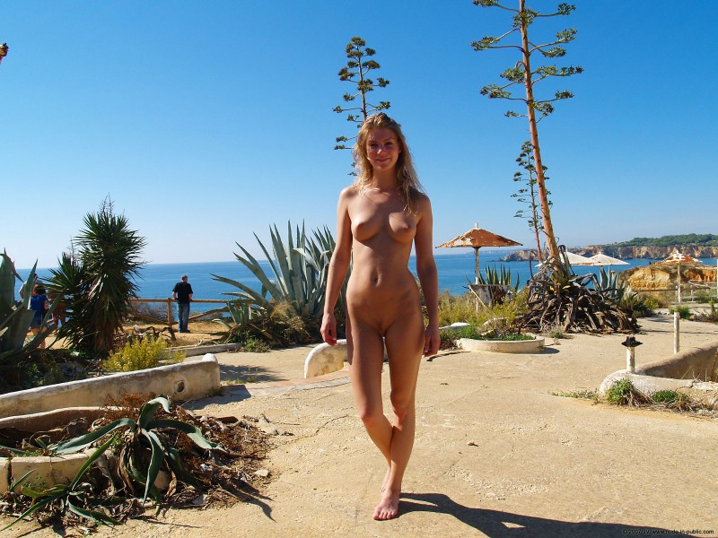nude-in-public-vol4-69