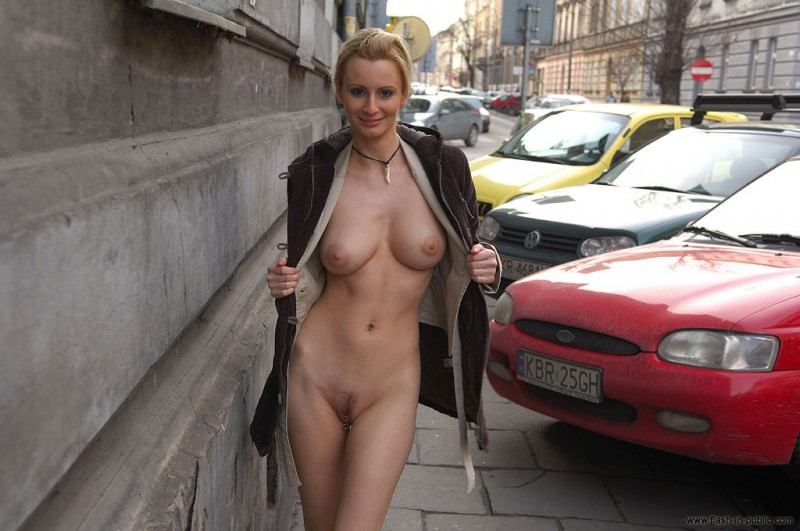 nude-in-public-vol4-96