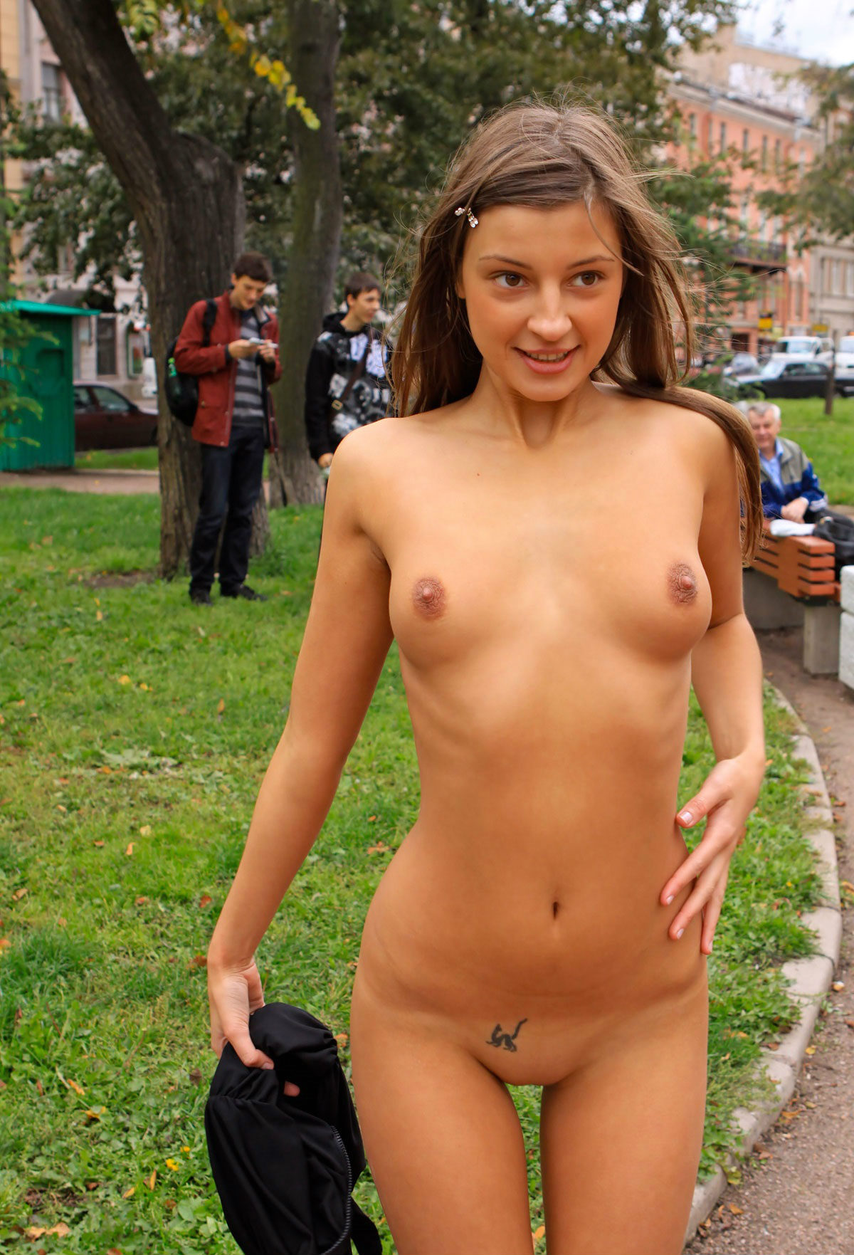 naked-girls-in-public-mix-vol5-19