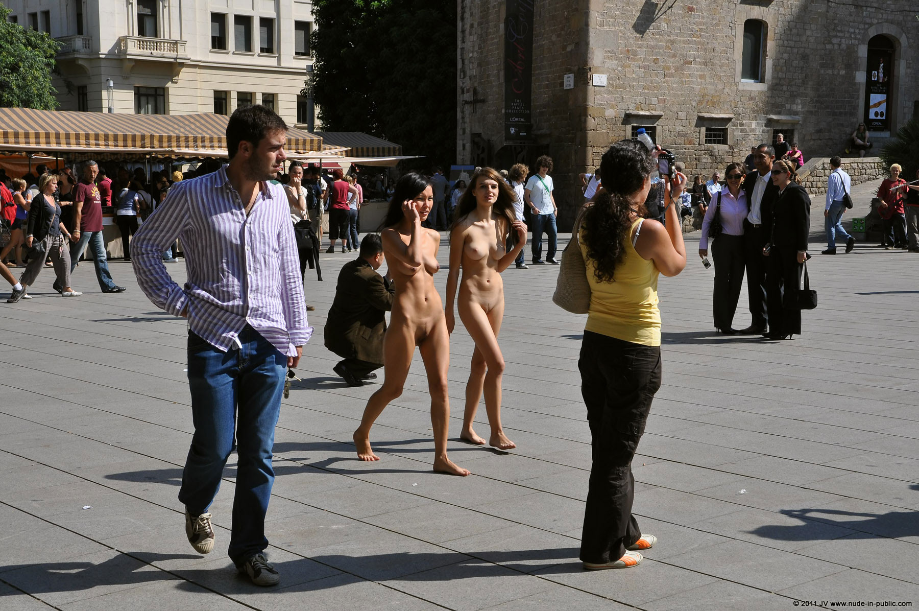 naked-girls-in-public-mix-vol5-23