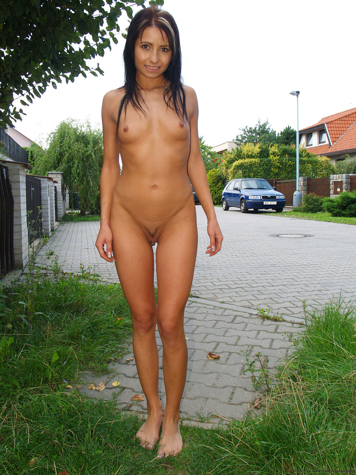 naked-girls-in-public-mix-vol5-30