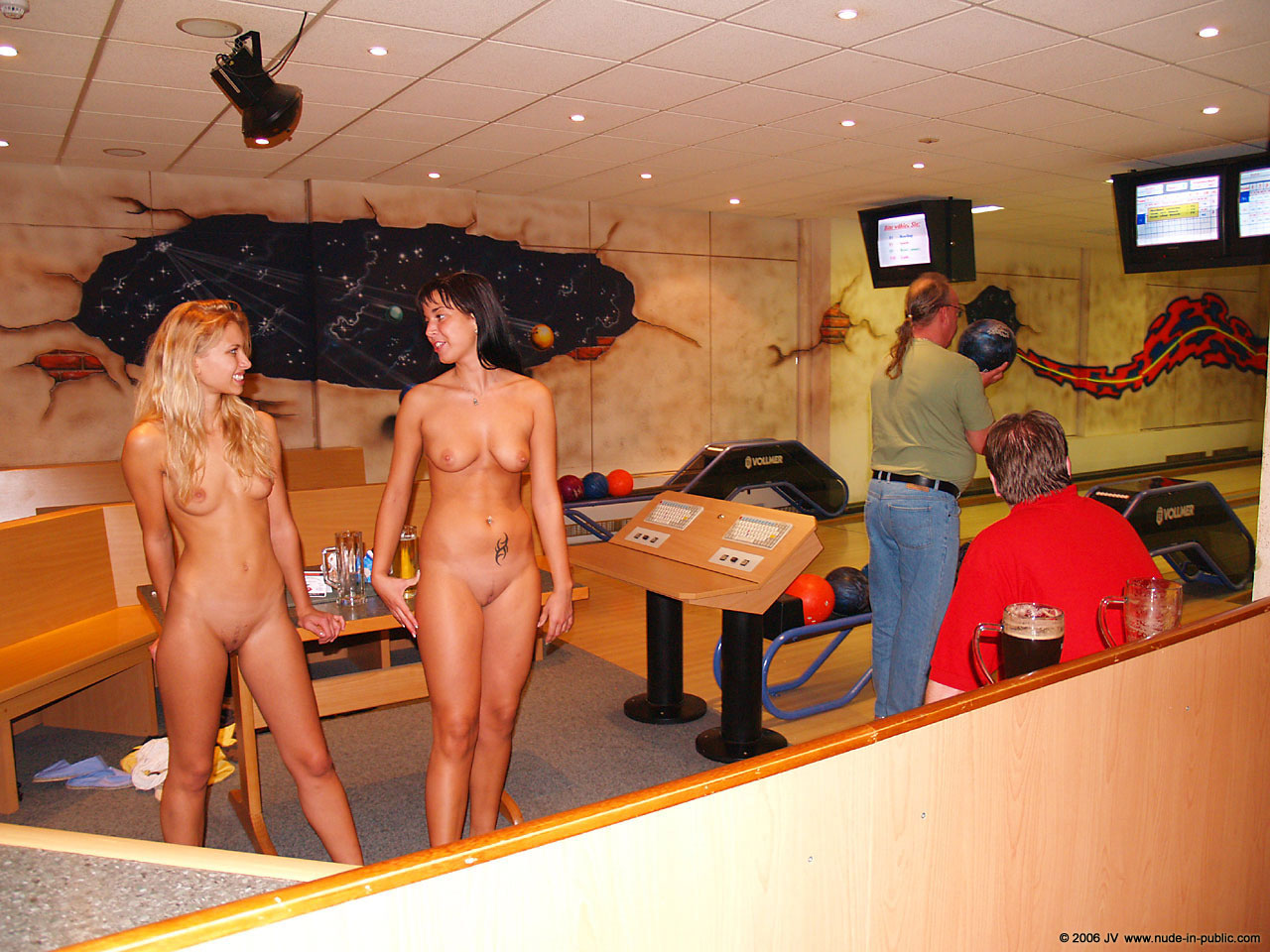 naked-girls-in-public-mix-vol5-38