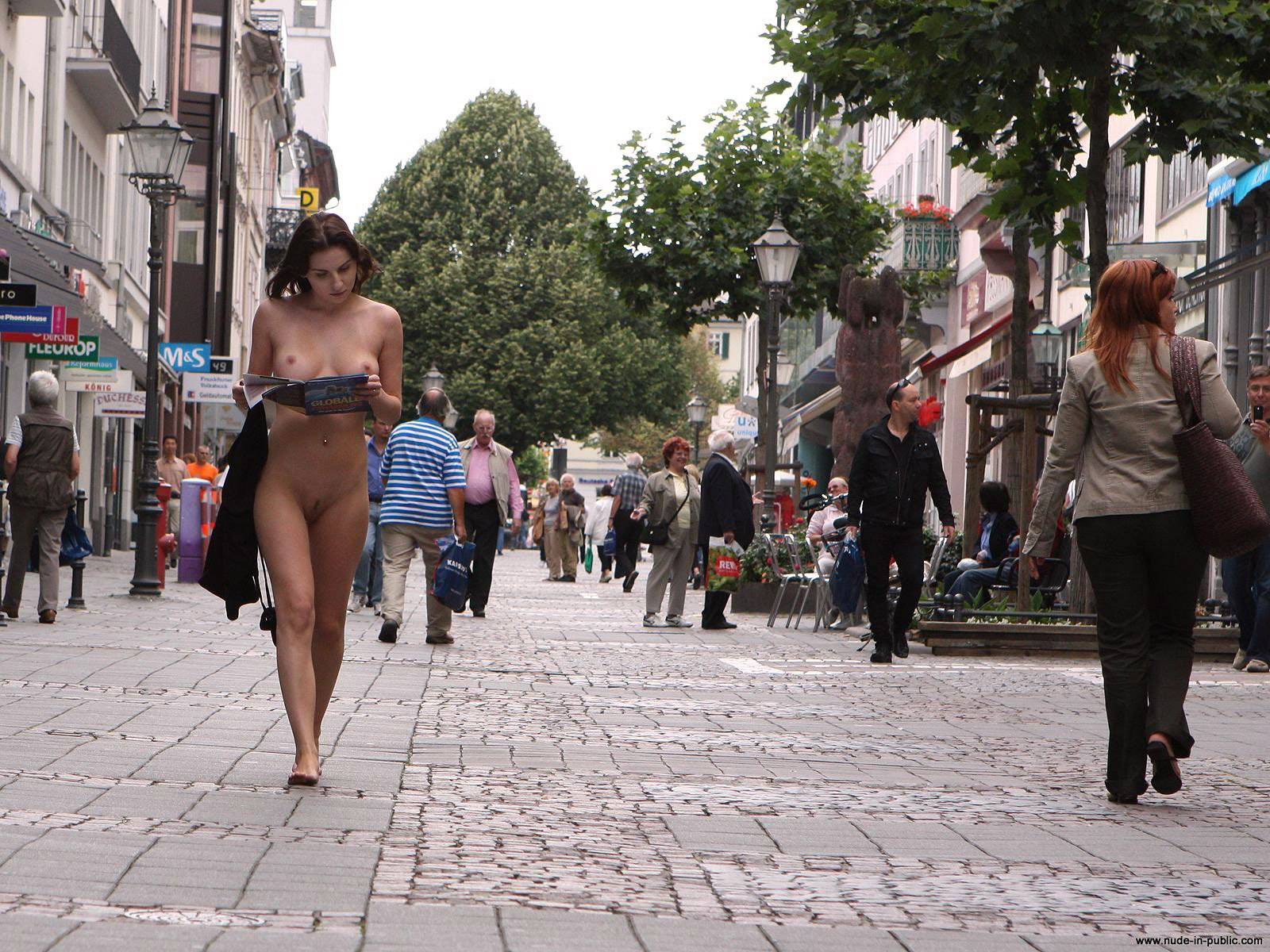 naked-girls-in-public-mix-vol5-59