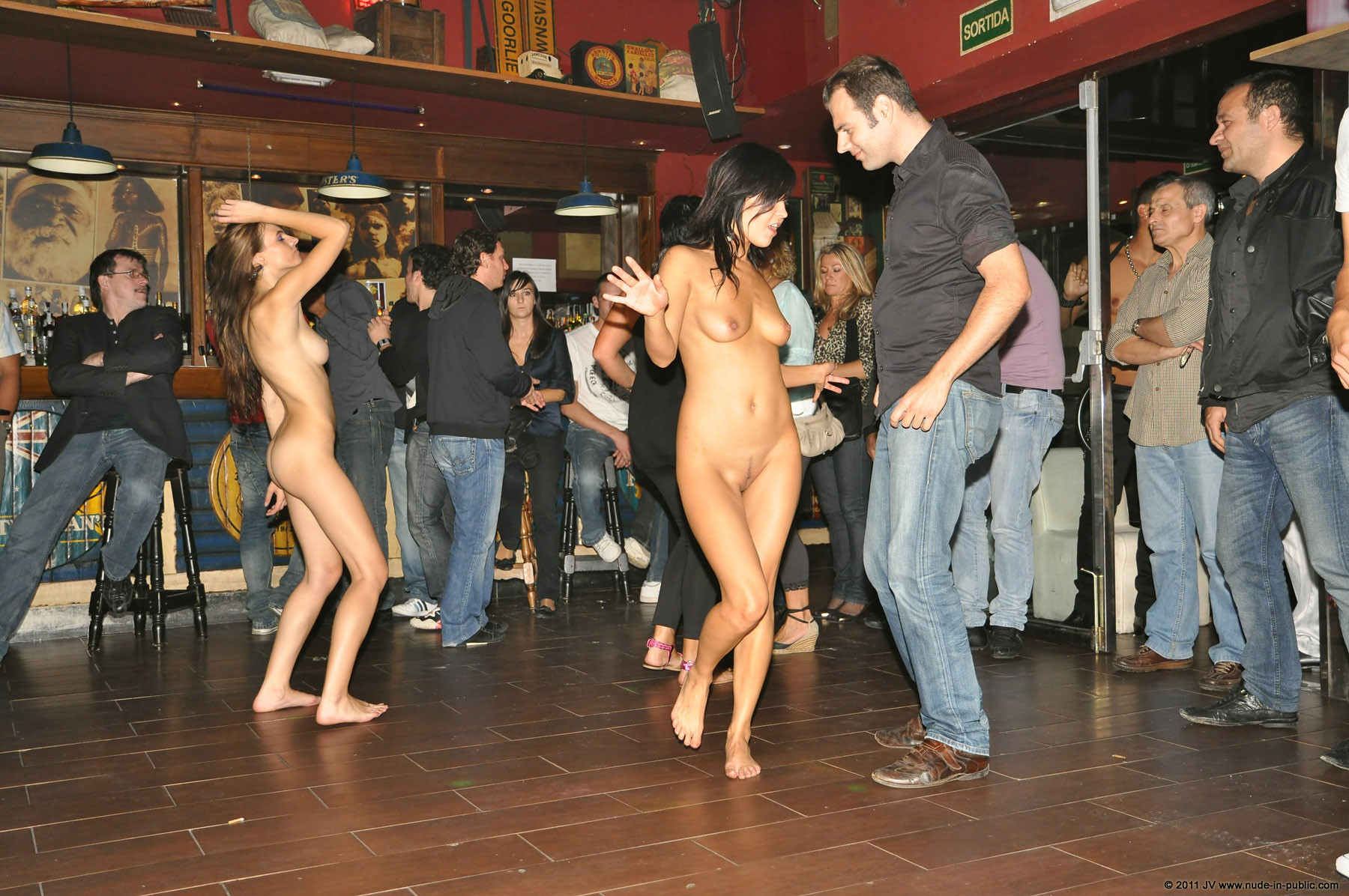 naked-girls-in-public-mix-vol5-80