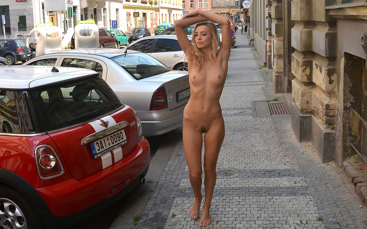 naked-girls-in-public-mix-vol5-91