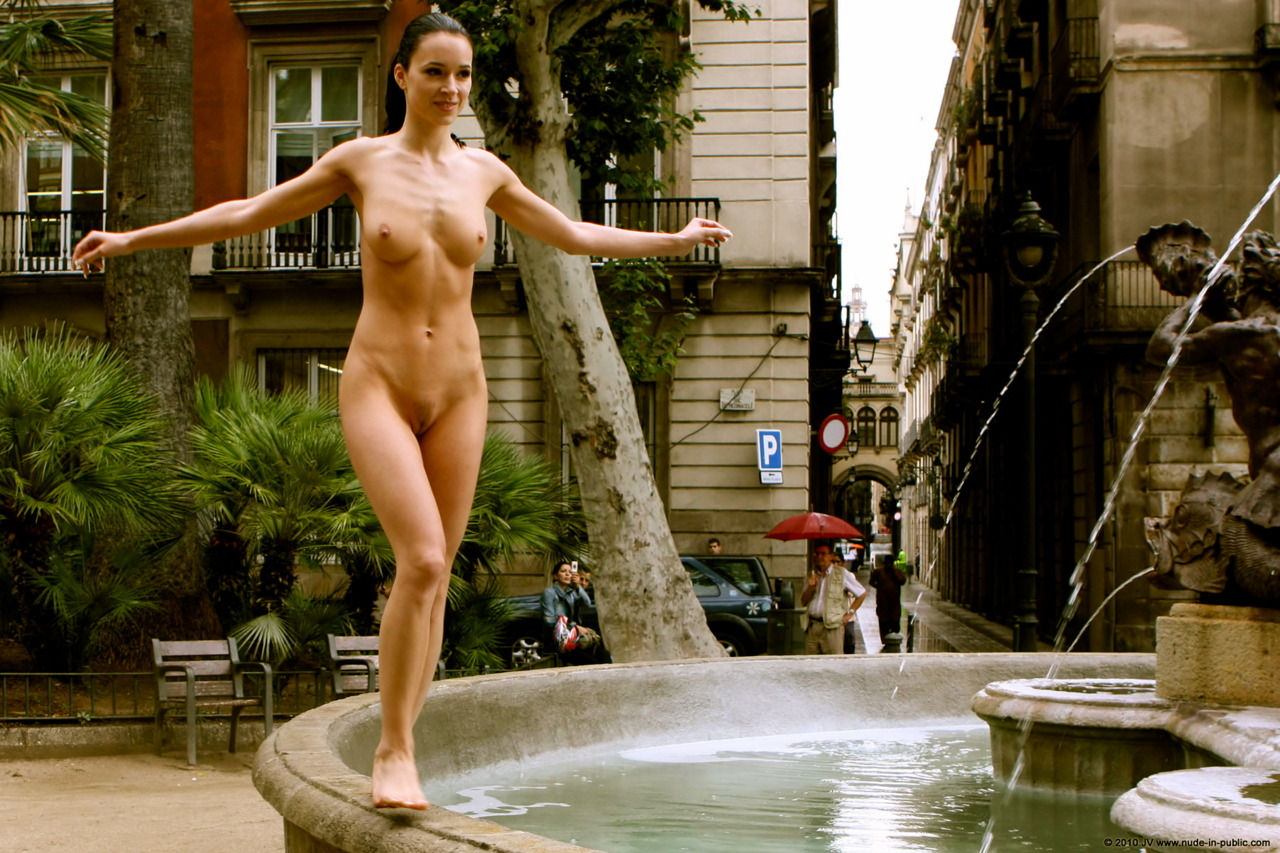 naked-girls-in-public-mix-vol5-92