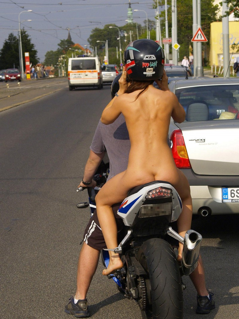 Not despond! Nude girls at motor cycle