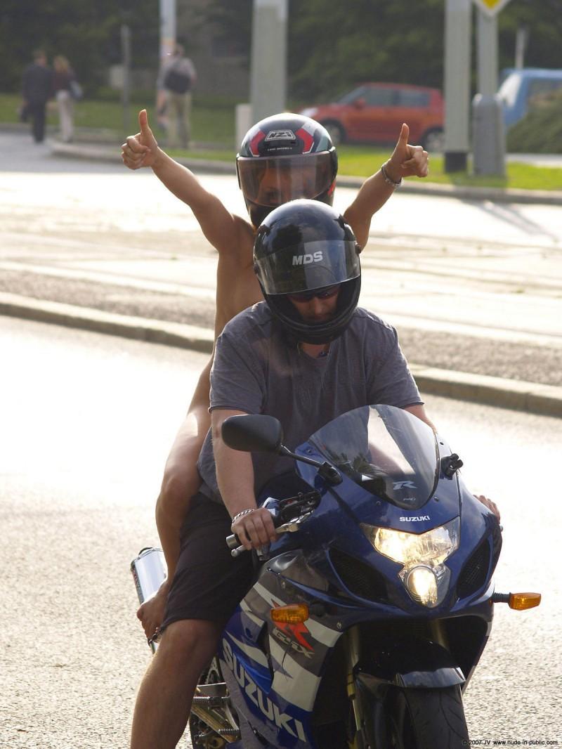 alane-e-motorbike-nude-in-public-45