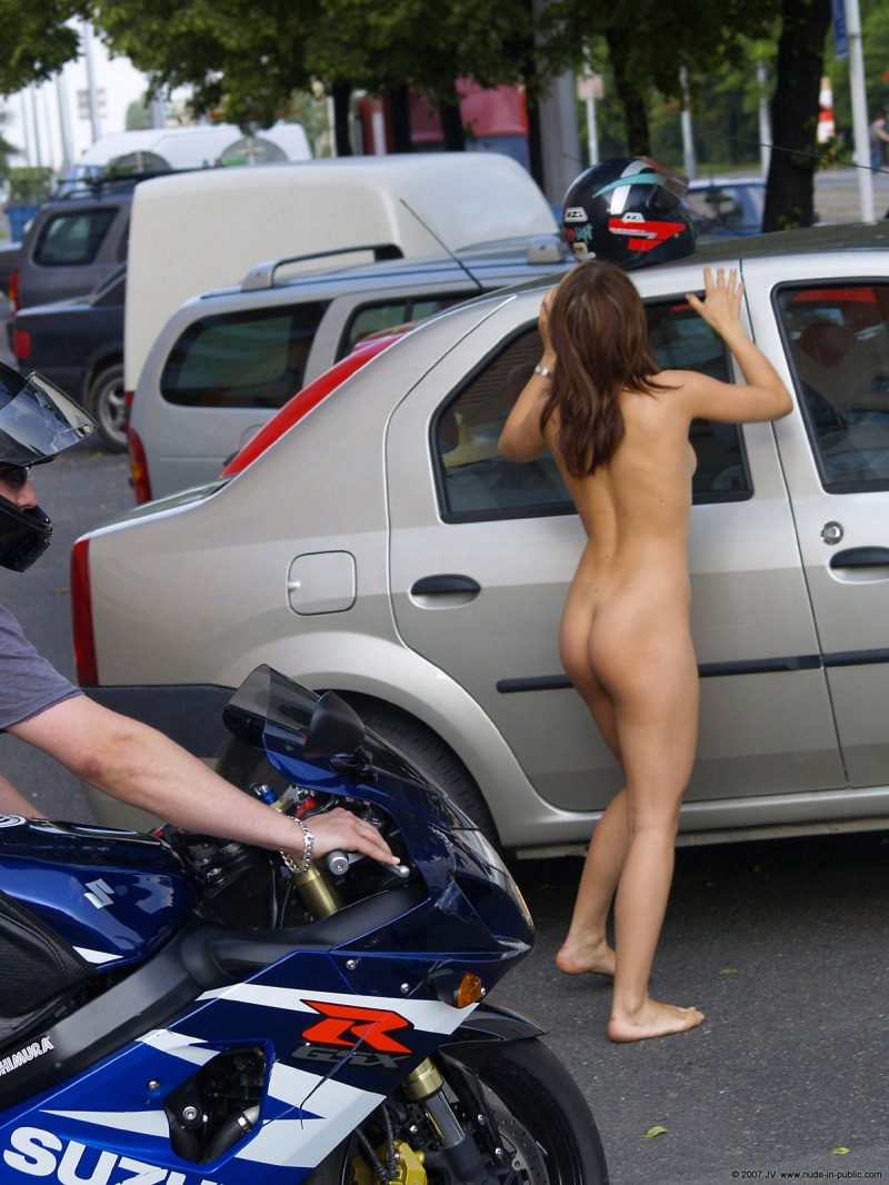 nude-amateurs-on-motorcycles-nikki-sims-stolen-photos-of-her-nude