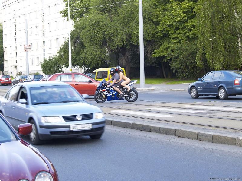 alane-e-motorbike-nude-in-public-63