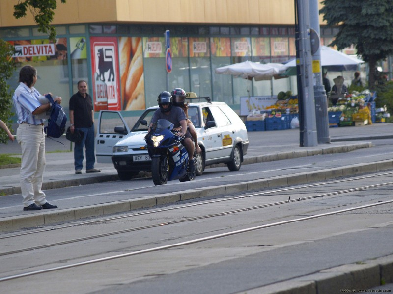 alane-e-motorbike-nude-in-public-68