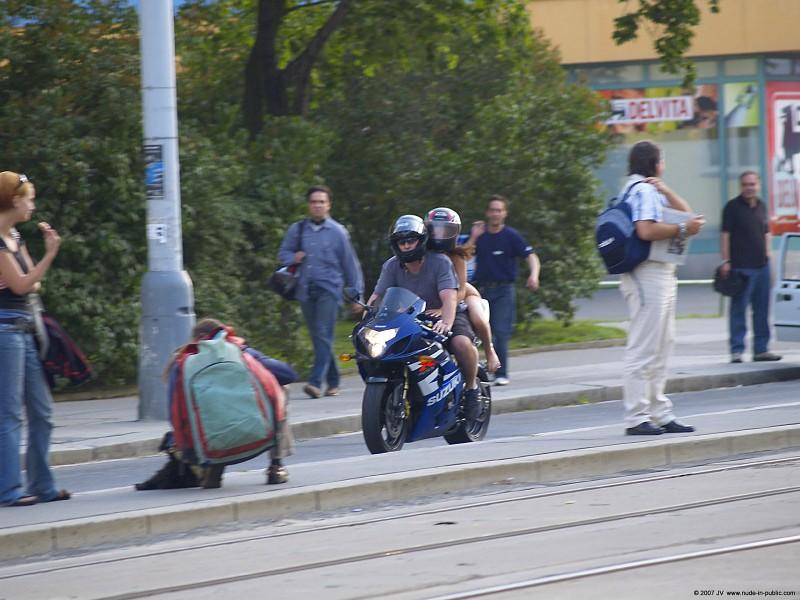 alane-e-motorbike-nude-in-public-69