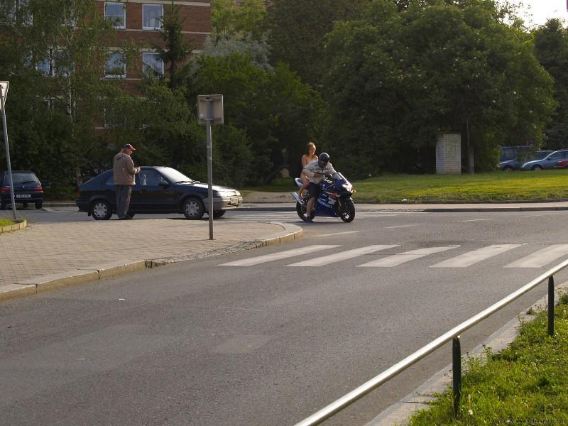alane-e-motorbike-nude-in-public-74