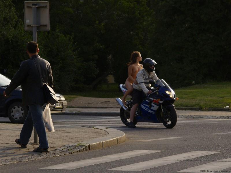 alane-e-motorbike-nude-in-public-75