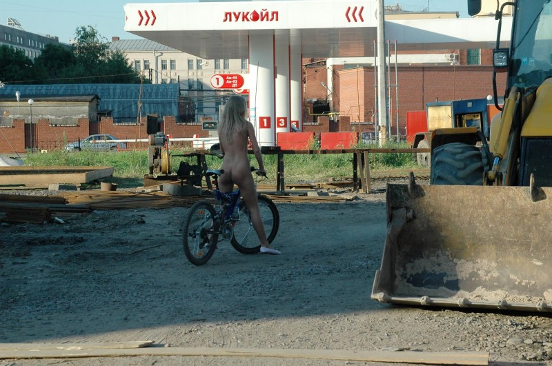 natalia-nude-in-petersburg-25