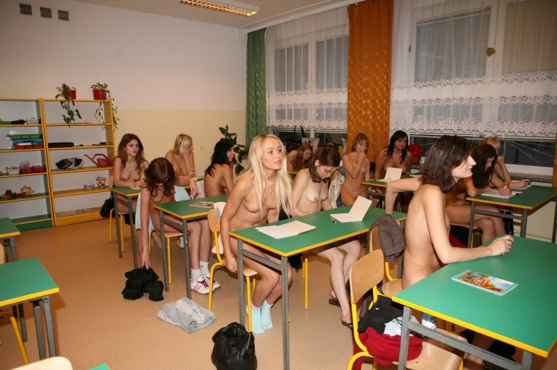 nudist-high-school-lesson-the-parts-of-body-04
